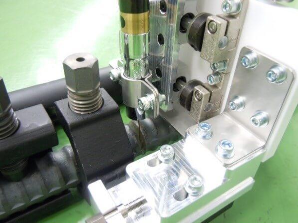 鉄筋自動溶接機 溶接部分