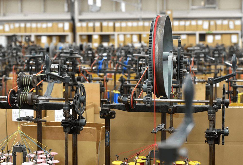 組み紐の機械